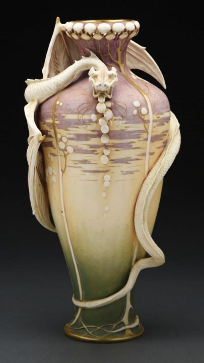 Tiffany lamps sell well at Morphy's Fine & Decorative Arts sale, December 8, 2020