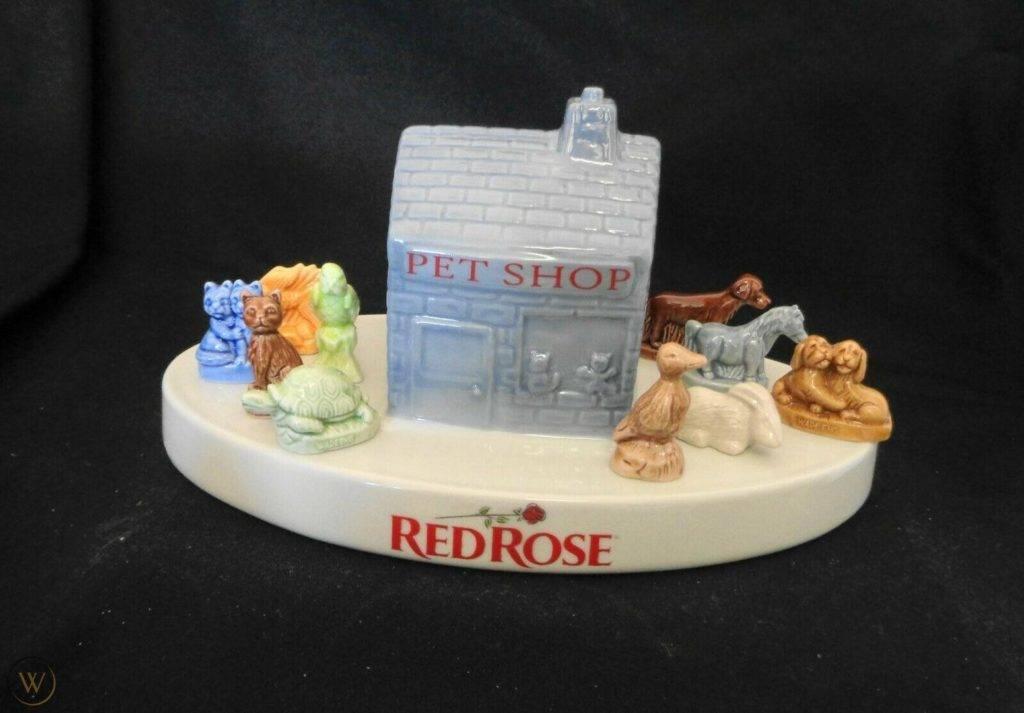 Vintage wade whimsies red rose tea 1 6a48d83062c2419962fbd7babd942725