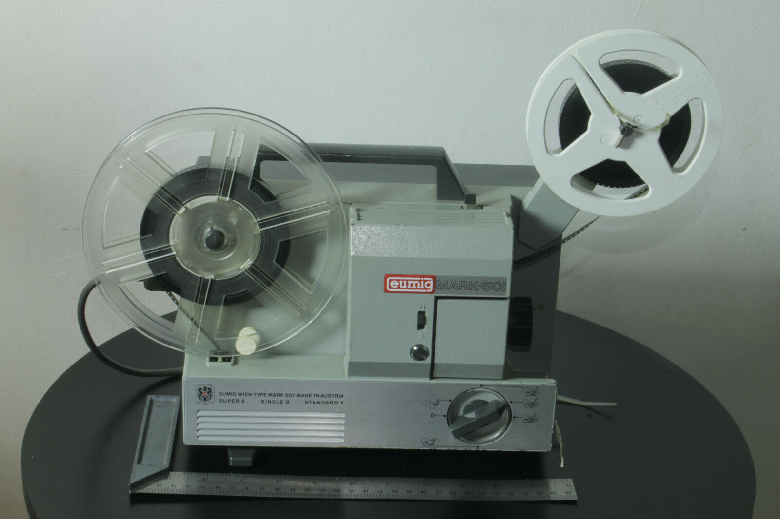 Vintage EUMIG MARK 501 8mm/Super 8mm Cine Film Projector Working with Test Film