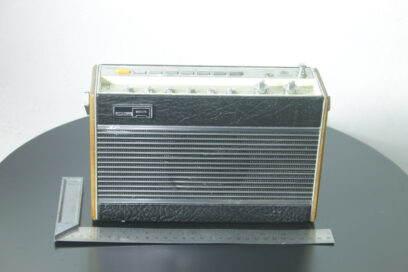 Vintage Roberts RP26-B RP26B RP26B Radio – FM/MW/LW inc Battery & Cable Working
