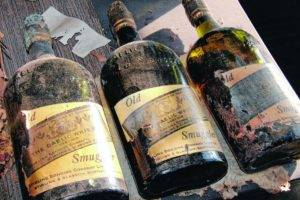 Great Discoveries: Antique Whiskey Bottles Found in New York Home