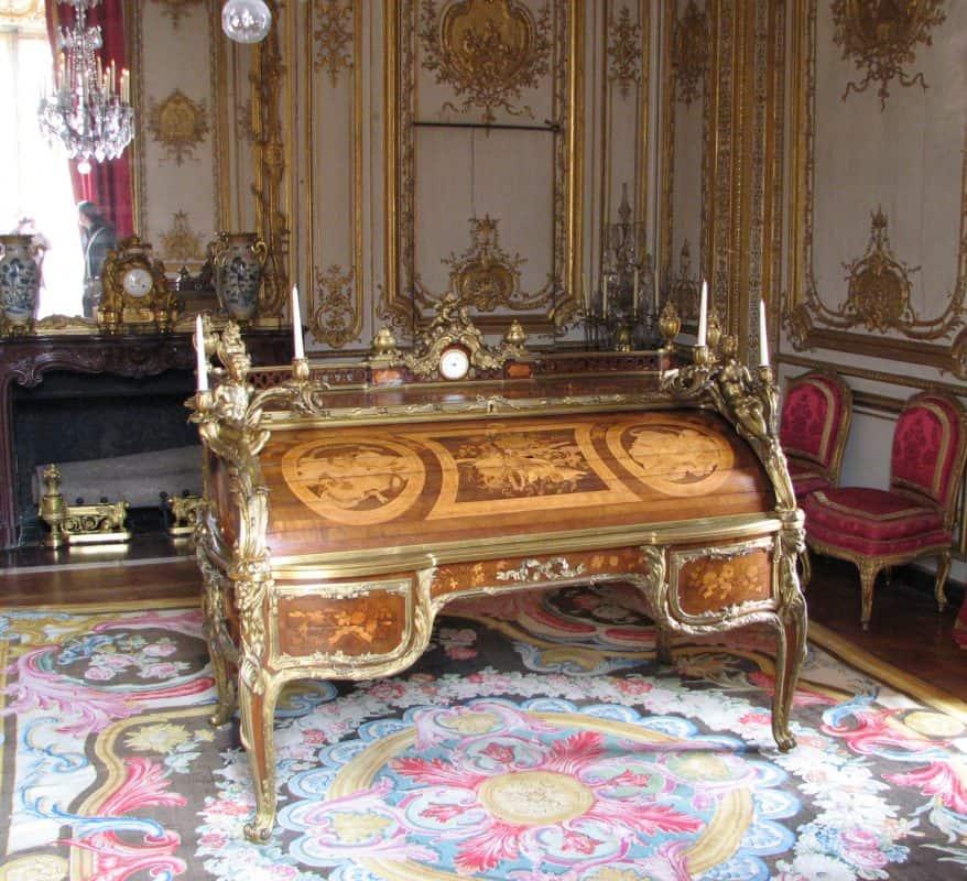 Jean Francois Oeben desk at Versailles- styylish